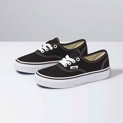 Can I Wear Vans to Work at McDonalds