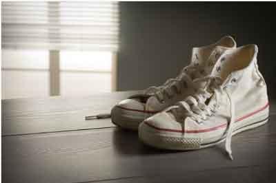 Why Do My Converse Make Noise When I Walk
