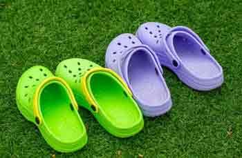 Does Ajio Sell Original Crocs
