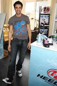 Can You Wear Heelys At Universal Studios