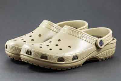 Can You Wear Crocs in the Water